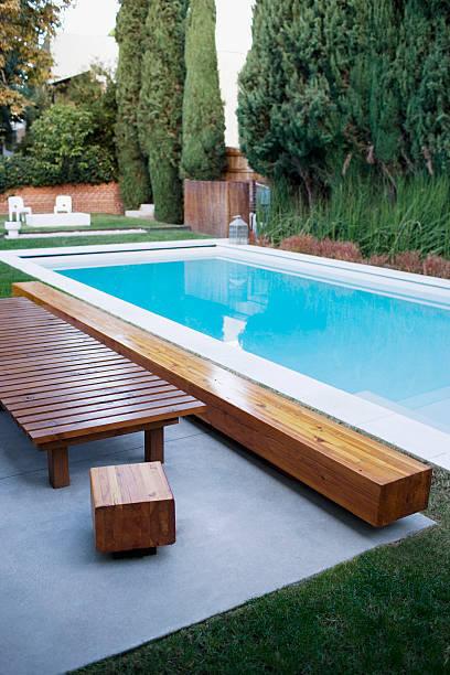 Como hacer tu banco de madera para la piscina paso a paso