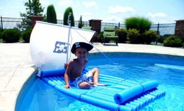 Las mejores ideas para hacer tus accesorios de piscina FOTOS barco niño