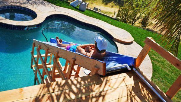 Las mejores ideas para hacer tus accesorios de piscina FOTOS tobogan con madera