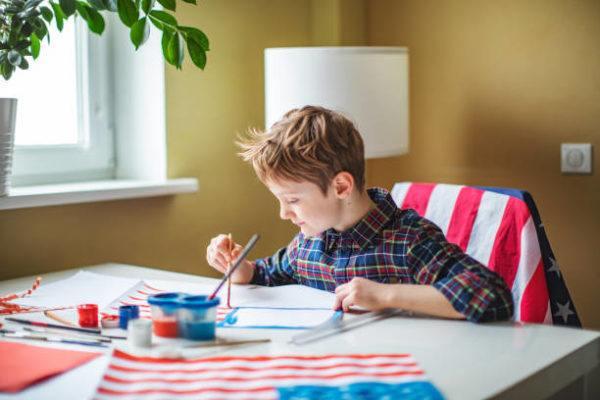 Como decorar nuestra casa para el dia de la independencia de los eeuu FOTOS niños pintando
