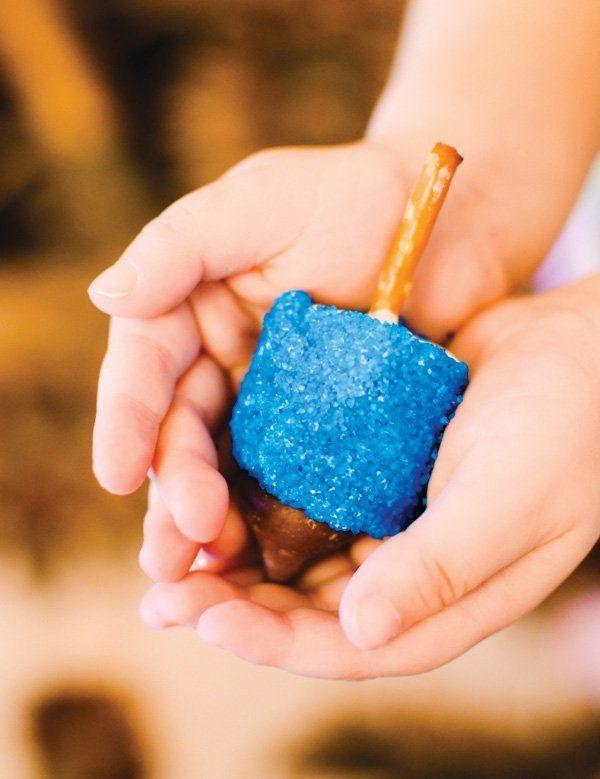 Ideas de manualidades para niños para el día de Hanukkah nubes
