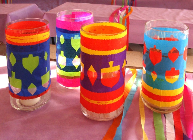 Ideas de manualidades para niños para el día de Hanukkah vasos