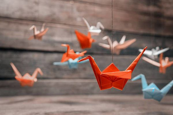 Los origami mas sencillos para hacer con personas mayores celebrar el dia mundial del origami
